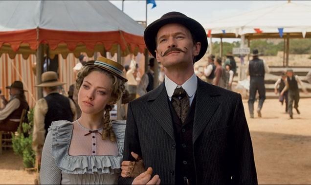 10 sao Hollywood dinh nguy co thanh 'thuoc doc phong ve' hinh anh 2 Amanda Seyfried đang chờ đợi một cú hích nhờ vào A Million Ways to Die in the West.