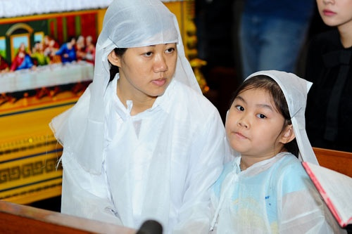 Vo co dao dien Hai Au phai cam co nha vi 'Thach Sanh' hinh anh 2 Vợ và con của đạo diễn Hải Âu.