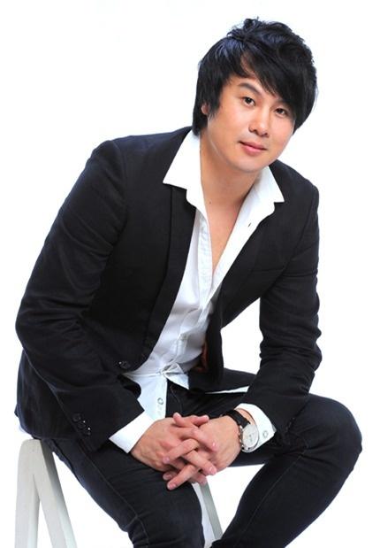 Nhung cuoc tro ve y nghia cua nhac Viet hinh anh 8 Sự xuất hiện của Thanh Bùi tại The Voice Kids cũng khiến tên tuổi anh lan tỏa chóng mặt.