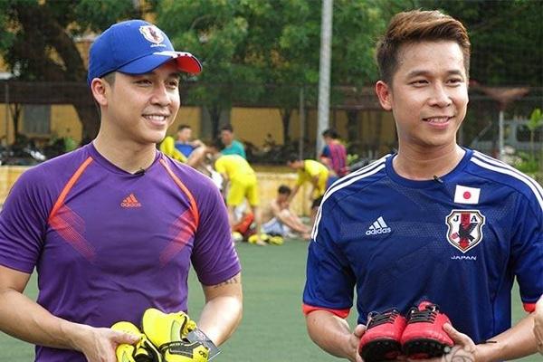 Le Hoang The Men bi om van om TV xem World Cup hinh anh 1 Nhóm The Men với 2 thành viên Tiến Dũng và Lê Hoàng.