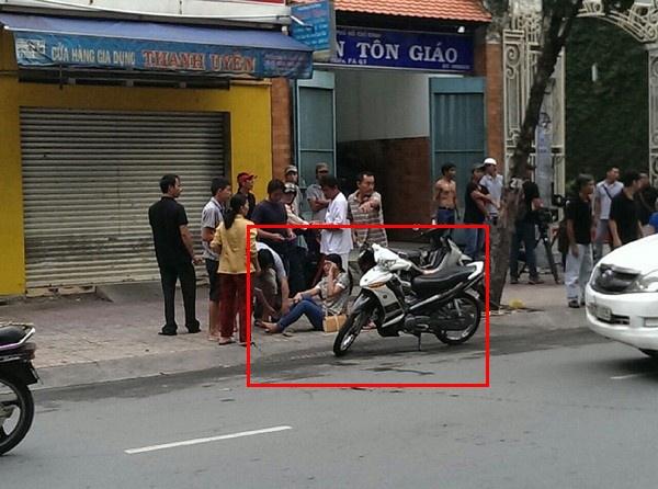 Nhung vu tai nan gay on ao cua gioi chan dai showbiz hinh anh 8 Sau khi xác minh, chủ nhân chiếc xế hộp, cũng là người vô ý mở cửa xe gây tai nạn là siêu mẫu Thanh Hằng.