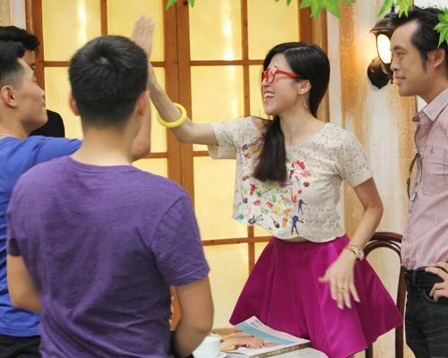 Trang Phap – Duong Khac Linh hop suc ho tro ga cung hinh anh