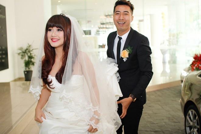 Nhung dam cuoi khac thuong cua sao Viet hinh anh 1 Thông thường trước ngày cưới, cô dâu chú rể đều thu xếp thời gian, tạm gác lại công việc để toàn tâm chăm lo cho đám cưới. Tuy nhiên, nhạc sĩ Only C là một trường hợp ngoại lệ.