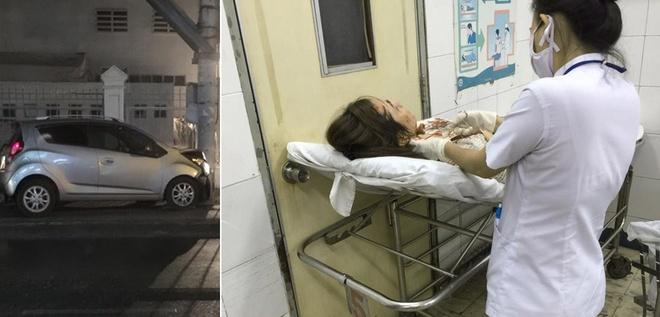 Bà xã Huỳnh Đông gặp tai nạn xe hơi: Tối 13/2, trong lúc đang cầm láy, diễn viên - người đẹp Ái Châu đã gặp tai nạn vì chiếc xe ô tô bỗng dưng nổ lốp rồi lao vào cột điện gần đó. Cú tông khiến phần đầu của á hậu Phụ nữ Việt Nam 2005 va đập mạnh vào vô lăng.