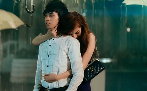 'Hot boy ban keo keo' gay chu y voi ca khuc moi hinh anh