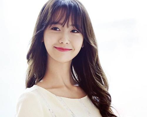 Yoona ngan quan ly tho lo voi fan hinh anh