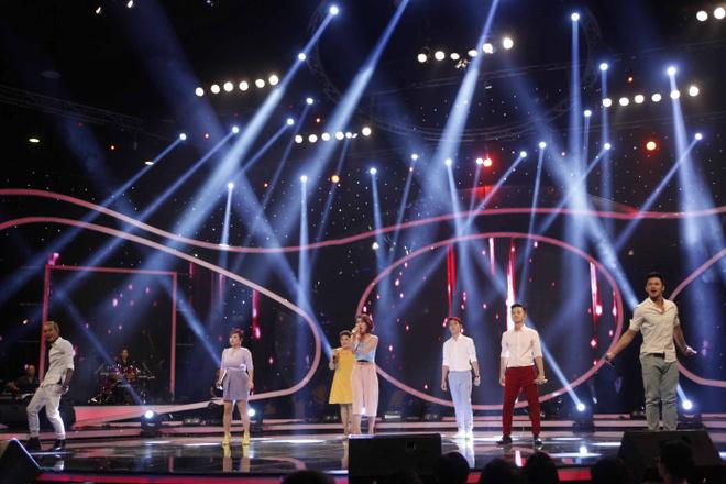 Lien khuc 'Mai co em ben minh' - Top 7 Vietnam Idol 2015 hinh anh