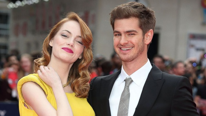 'Nguoi nhen' Andrew Garfield dinh hon cung Emma Stone hinh anh