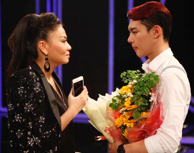 Em ho Ho Vinh Khoa dung buoc tai Vietnam Idol hinh anh