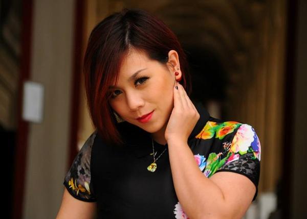 Van Quynh cam thay man nguyen khi roi Vietnam Idol hinh anh