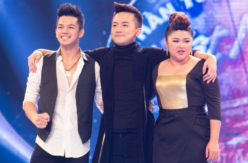 Thay giao dien trai Minh Quan dung chan o top 3 Idol hinh anh