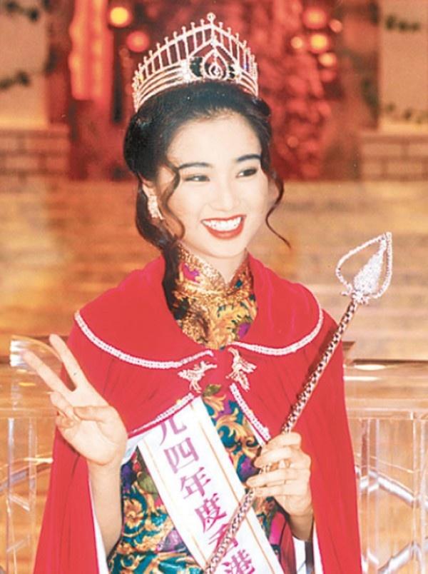 Hoa hau Hong Kong het thoi: Nguoi phu quy, ke mat van hinh anh 10