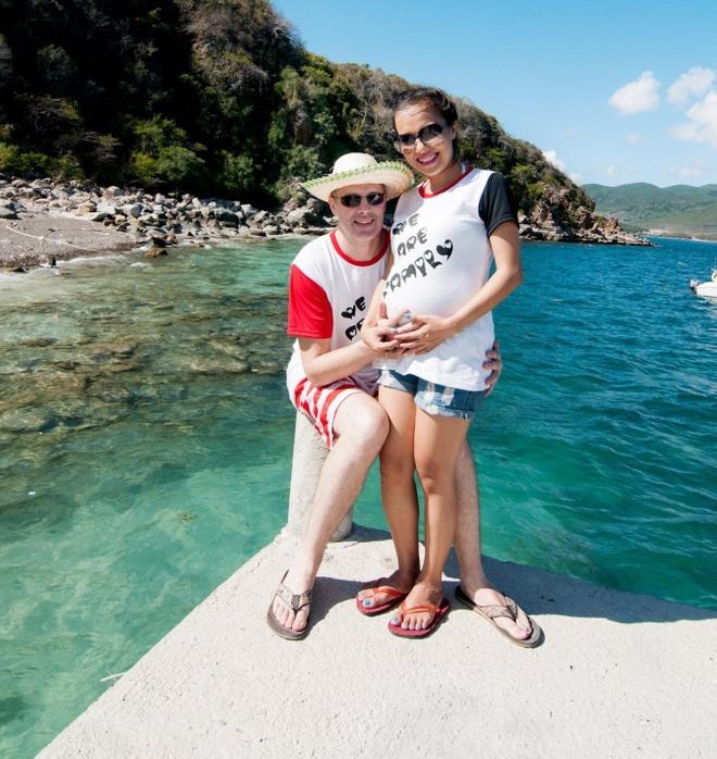 Lý Thanh Thảo không hối tiếc về hôn nhân trong quá khứ và bằng lòng với cuộc sống hiện tại. Ảnh: Lê Long.