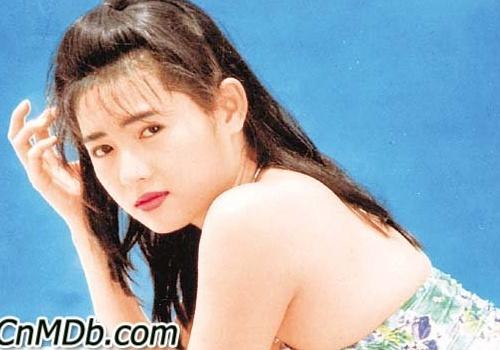 Cuoc song 'Nu hoang phim cap ba Hong Kong' o tuoi U50 hinh anh