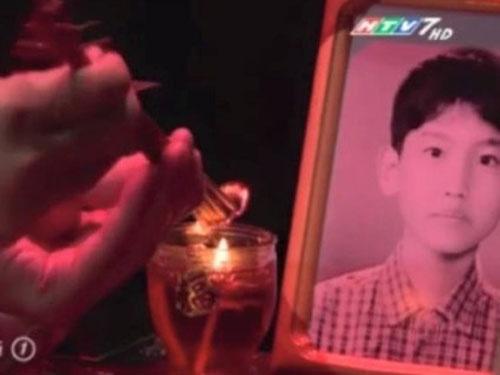Anh Changmin (TVXQ) bi dua len ban tho trong phim Viet hinh anh
