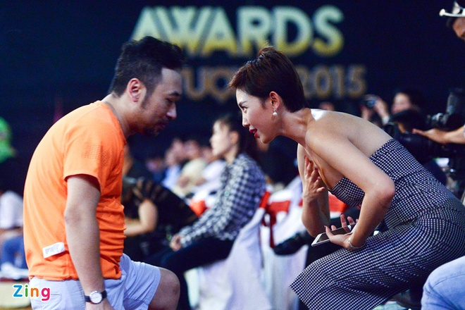 Toc Tien goi cam trong buoi tong duyet VTV Awards hinh anh 4