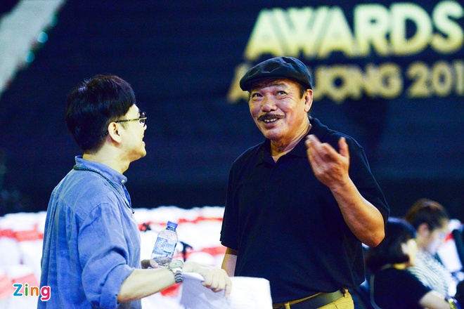 Toc Tien goi cam trong buoi tong duyet VTV Awards hinh anh 9