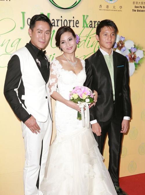 Bat dai my nam U50 cua TVB hinh anh 13 Gia đình của Mã Đức Chung tại kỷ niệm 20 năm ngày cưới vào năm 2013.