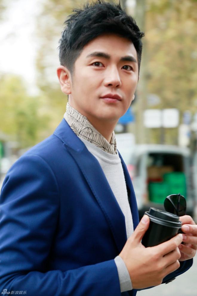 Doi tu 7 sao nam phim 'Chan Hoan truyen' hinh anh 6 Trương Hiểu Long.