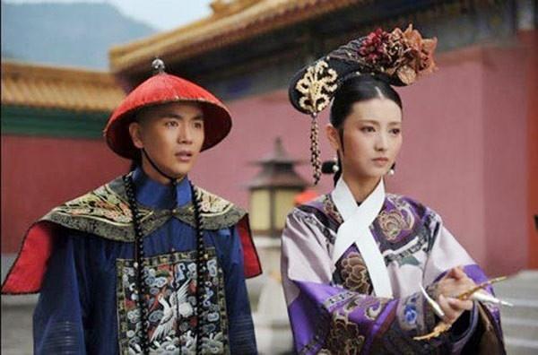 Doi tu 7 sao nam phim 'Chan Hoan truyen' hinh anh 5 Trương Hiểu Long trong vai Thái y Ông Thực Sơ.
