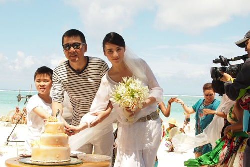 Doi tu 7 sao nam phim 'Chan Hoan truyen' hinh anh 2 Gia đình Trần Kiến Bân.