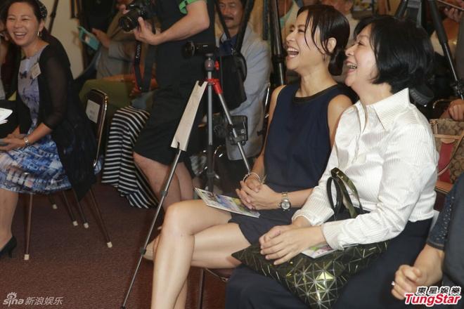 Ve phat tuong cua hai giai nhan hang dau TVB hinh anh 3 Hai hoa đán một thời của TVB đều sống độc thân đến thời điểm này.