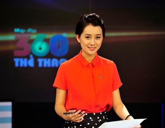 Nhan sac cac BTV the thao cua VTV hinh anh 2 BTV Quỳnh Chi luôn xuất hiện với vẻ trẻ trung, tươi tắn
