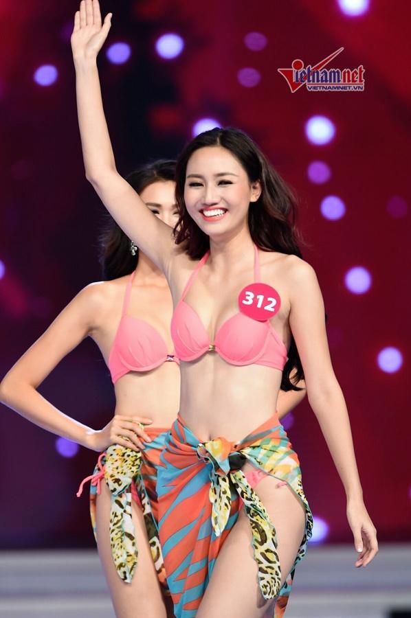Chuyen chua ke ve cuoc thi Hoa hau Hoan vu VN 2015 hinh anh 3 Ngô Trà My - Á hậu 1.