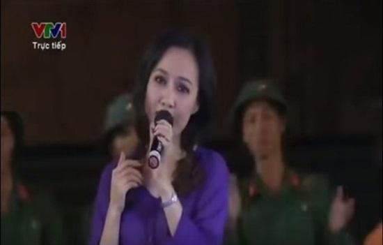 """Tai le it biet cua cac BTV noi tieng hinh anh 2 Biên tập viên Hoài Anh """"khoe"""" giọng trong trẻo."""