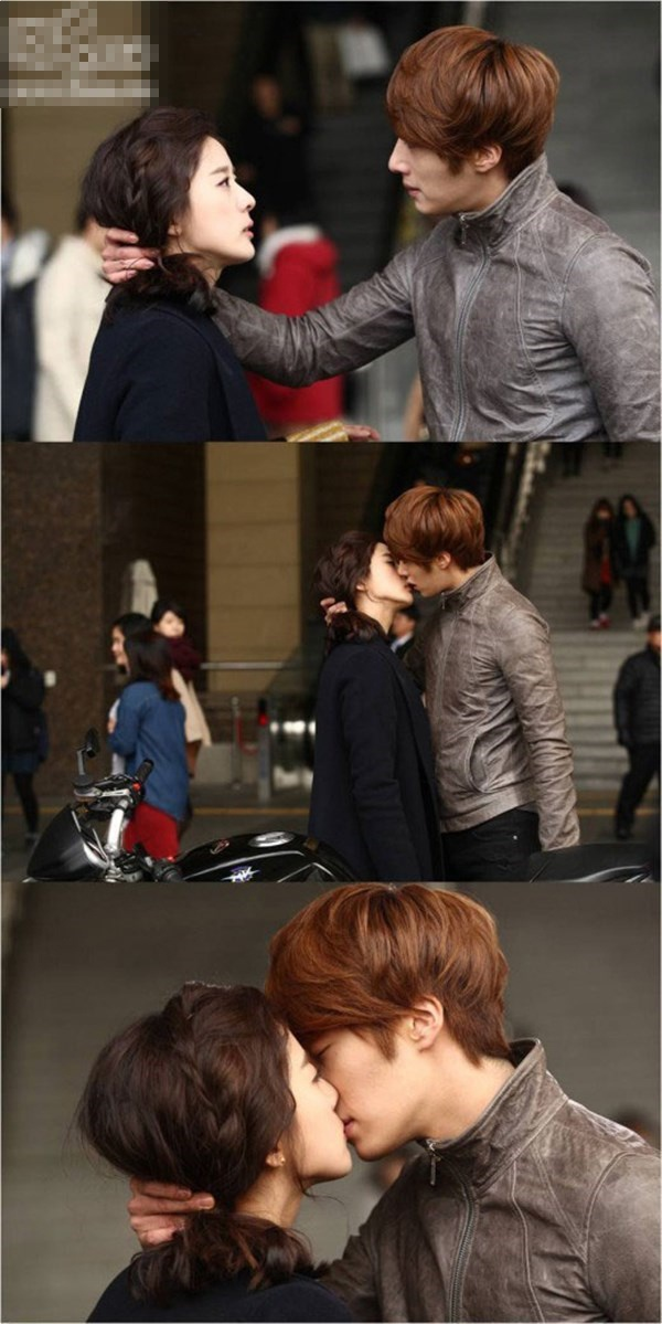 Nhung nu hon day bao luc tren man anh Han hinh anh 5 Nụ hôn của Jung Il Woo với Lee Chung Ah trong Flower Boy Ramen Shop mãnh liệt đến nỗi răng của chàng đã cắn phải môi nàng.