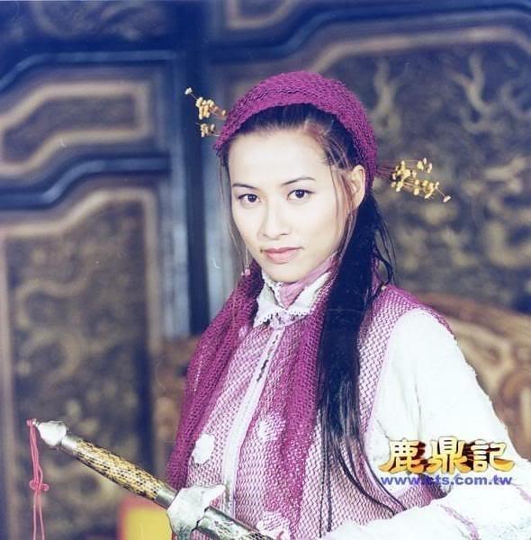 7 co vo trong phim 'Tieu Bao va Khang Hy' sau 15 nam hinh anh 14 Mạch Gia Kỳ trong vai Phương Di.
