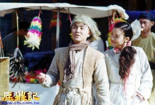 7 co vo trong phim 'Tieu Bao va Khang Hy' sau 15 nam hinh anh 4 Thư Kỳ trong vai Tiểu Kim Ngư.