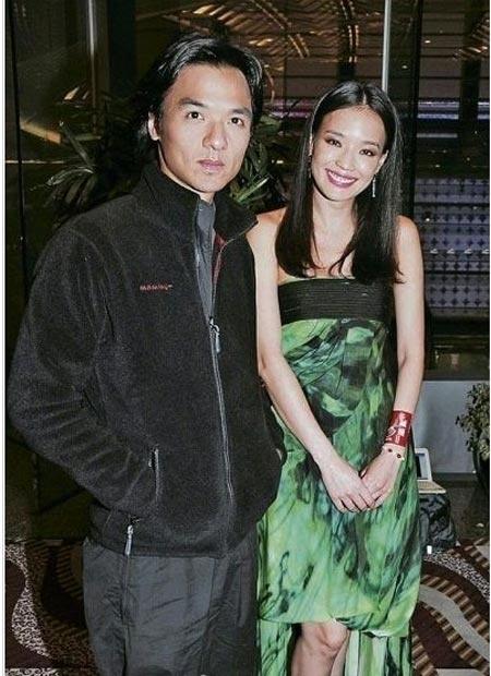 7 co vo trong phim 'Tieu Bao va Khang Hy' sau 15 nam hinh anh 5 Thư Kỳ và Phùng Đức Luân.