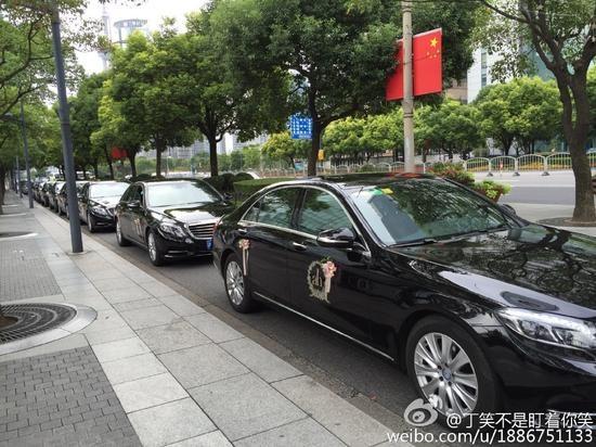 Dan xe sang trong hon le Angelababy - Huynh Hieu Minh hinh anh 1 Dàn xe sang đón dâu của cặp đôi nổi tiếng vào ngày 8/10.