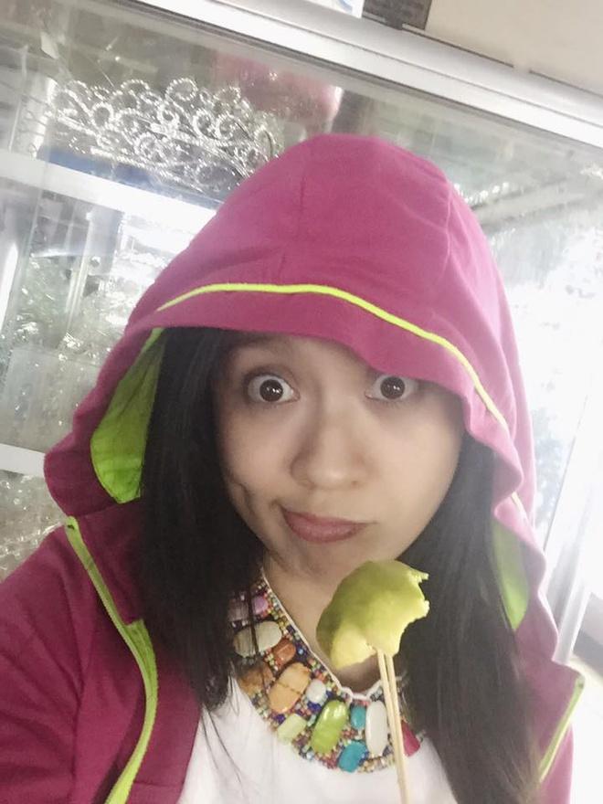 Trut bo phan son, sao Viet lieu co dang so? hinh anh 4 Nhan sắc xinh đẹp của Thanh Thúy dù không trang điểm.