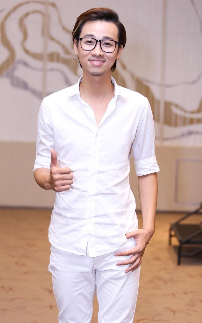 Viet Anh dat ganh nang tren vai Phuong Trinh trong phim moi hinh anh 9