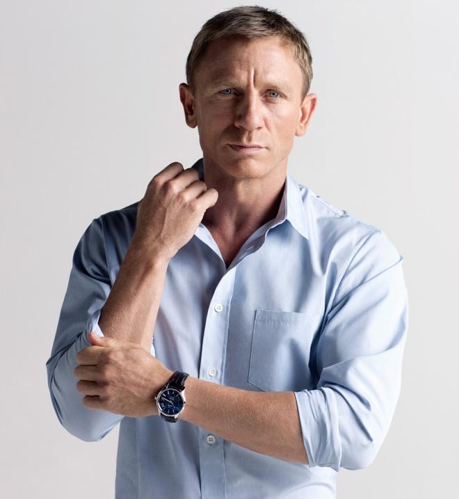 Daniel Craig tha tu rach tay con hon dong tiep James Bond hinh anh 2