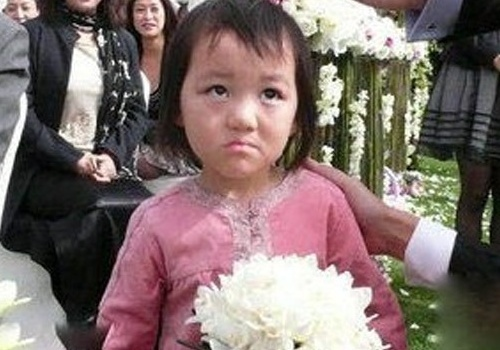 Ly A Bang dong cua blog vi con gai bi chi trich hu som hinh anh