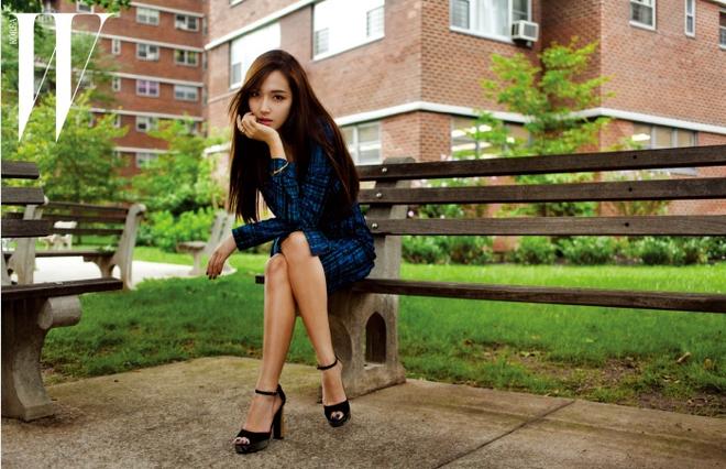Jessica Jung sap tung dong my pham moi hinh anh 2 Hình ảnh cựu thành viên SNSD trên tạp chí W mới phát hành.