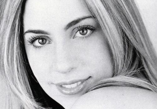 Lady Gaga muon dam cuoi hoanh trang hinh anh
