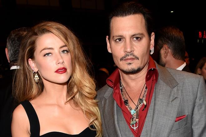 Johnny Depp va vo cu Amber Heard tiep tuc loi qua tieng lai hinh anh