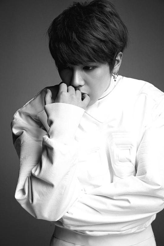 Park Shin Hye dong MV solo cua Lee Hong Ki hinh anh 2 Lee Hong Ki ra album solo sau gần 9 năm ca hát.