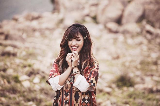 Bich Phuong yeu chang trai mien nui trong MV moi hinh anh 7