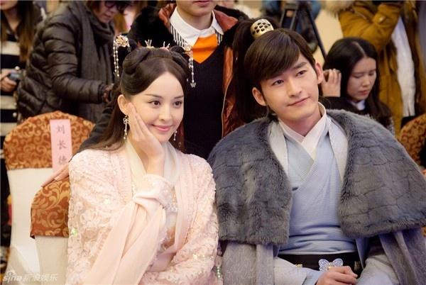 Tai tu 'Vuon sao bang' len tieng ve anh khoa moi cua ban gai hinh anh 2 Trương Hàn ra mặt bảo vệ Cổ Lực Na Trát sau loạt ảnh tình cảm.