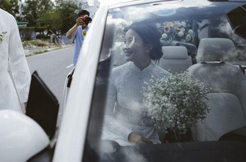 Phan Nhu Thao hanh phuc ben hon phu trong le dinh hon hinh anh 11 Cô dâu lên xe về nhà chồng