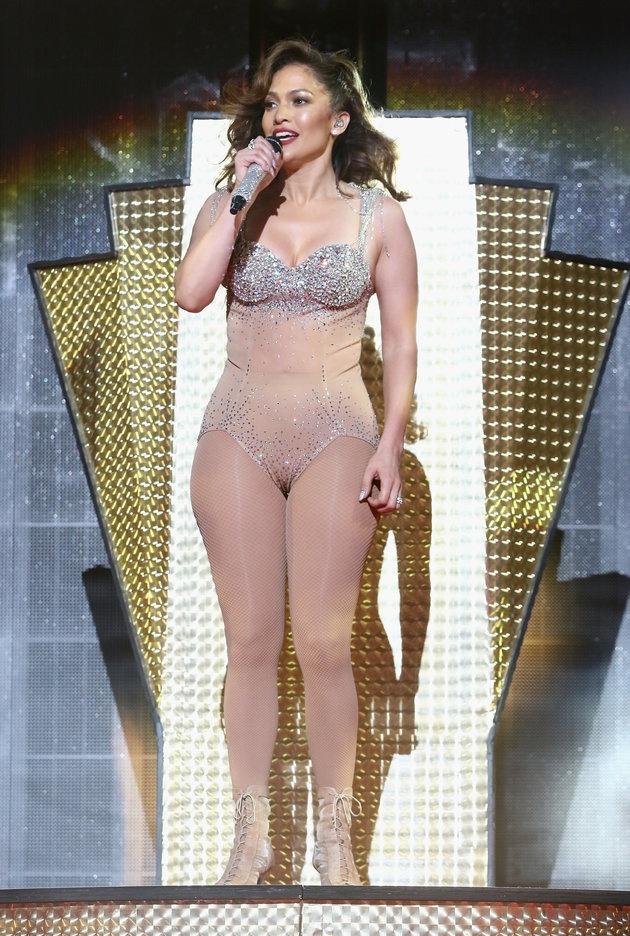 Jennifer Lopez van sexy du o tuoi 46 hinh anh 2
