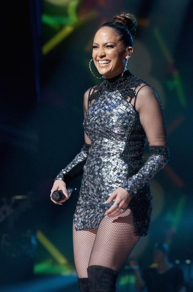 Jennifer Lopez van sexy du o tuoi 46 hinh anh 4