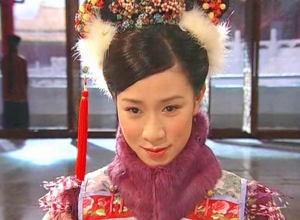 Xa Thi Man - 'nang Chu Chi Nhuoc' tan cong man anh rong hinh anh 2 Sự thành công của phim Cuộc chiến chốn thâm cung đưa Xa Thi Mạn vươn lên đẳng cấp 'Ngôi sao truyền hình'.