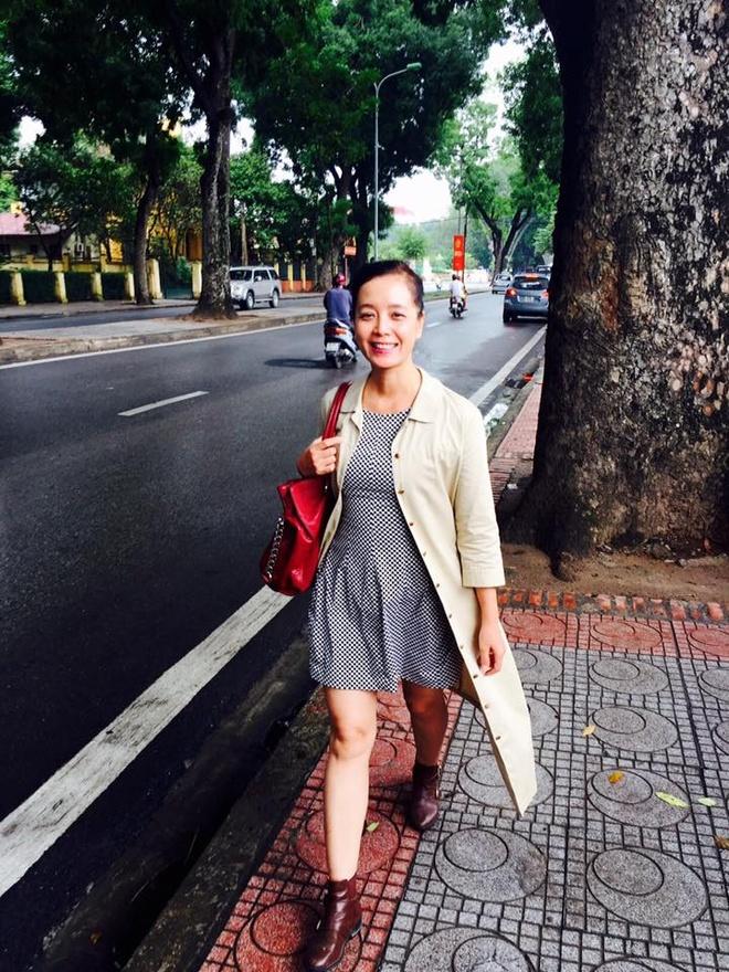 Phong cach tre trung nhu gai teen cua Chieu Xuan hinh anh 4 NSƯT Chiều Xuân có vóc dáng thon gọn dù đã ở ngưỡng U50