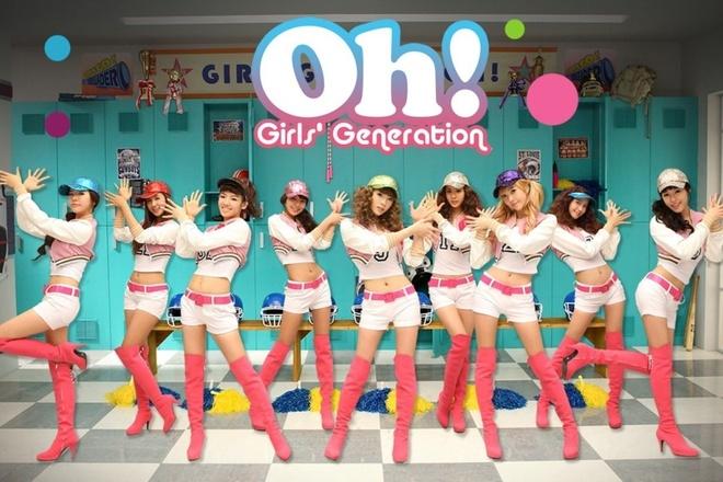 Nhung hinh tuong dang nho cua SNSD trong loat MV dinh dam hinh anh 4 Khi quảng bá cho đĩa đơn Oh! vào tháng 1 năm 2010, nhóm sử dụng hình tượng các cô gái trong đội cổ vũ.